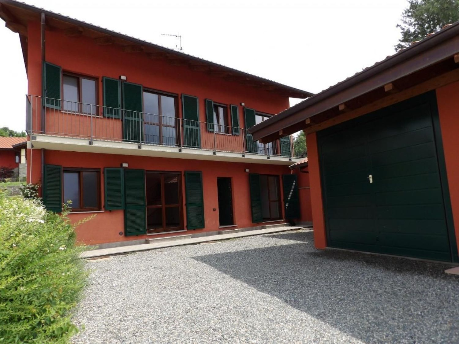 Casa indipendente in affitto a piverone canavese occidentale