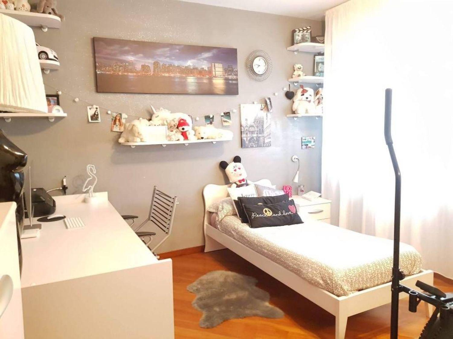 Camera Matrimoniale A Prato.Quadrilocale In Vendita In Via Roma 200 Centro Prato