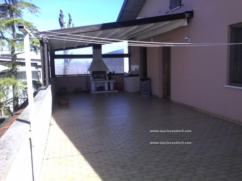 Casa indipendente in vendita in Area Residenziale Carpena - Carpena ...