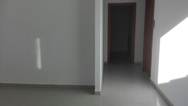 Reception Ufficio Bianco : Ufficio in vendita in via cristoforo colombo bianco