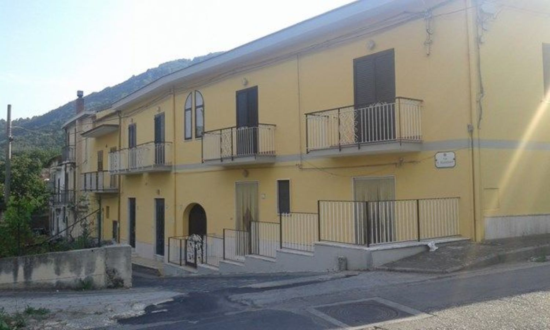 Casa indipendente in vendita a Mercato San Severino, Valle dell\'Irno ...