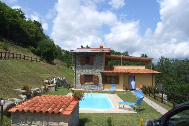 Villa in vendita in piazza bel soggiorno cerretoli, Castelnuovo di ...