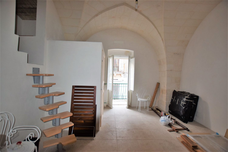 Camera Matrimoniale A Grottaglie.Bilocale In Vendita In Via Garibaldi 76 Grottaglie