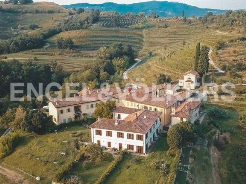 Matrimonio Rustico Lecco : Rustico e casale in vendita a area residenziale montevecchia
