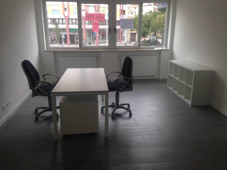 Ufficio Nuovo Xl : Affitto di ufficio in area residenziale pordenone san valentino