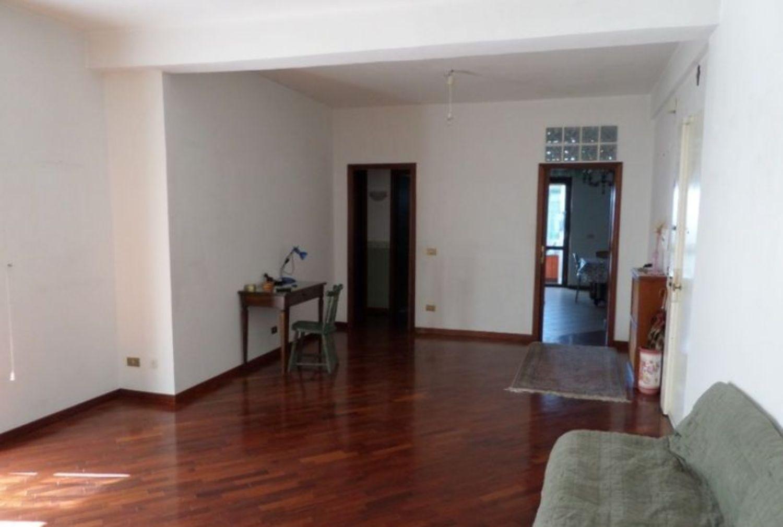 Immagine di appartamento su via Mosè Coppola 02c92ec7d604