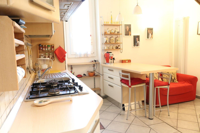 Vendita Panche Per Cucina.Appartamento Su Due Piani In Vendita In Via Delle Panche Firenze