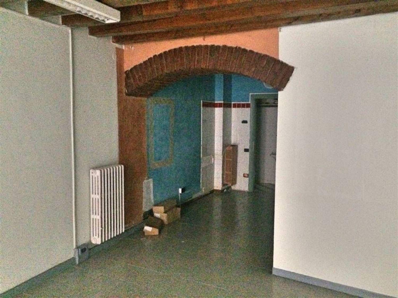 Metri Quadri Ufficio Persona : Affitto di ufficio in centro storico brescia