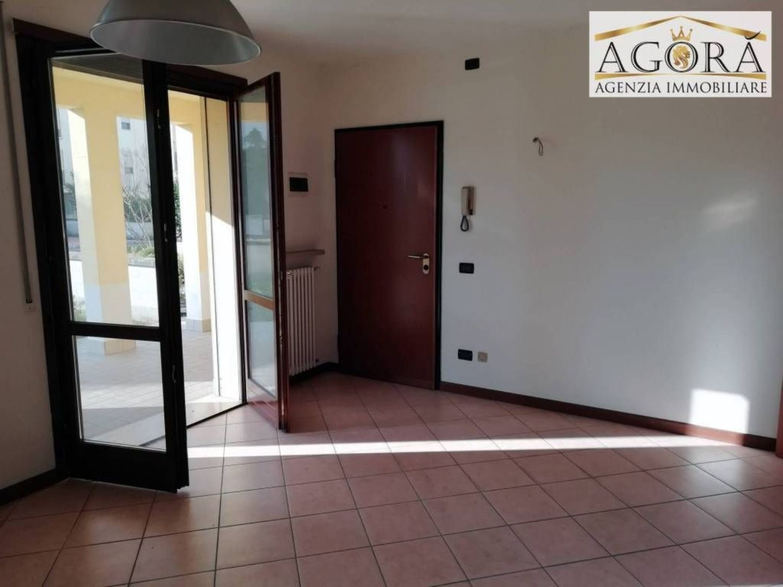 Agenzie Immobiliari Mantova trilocale in vendita a area residenziale porto mantovano