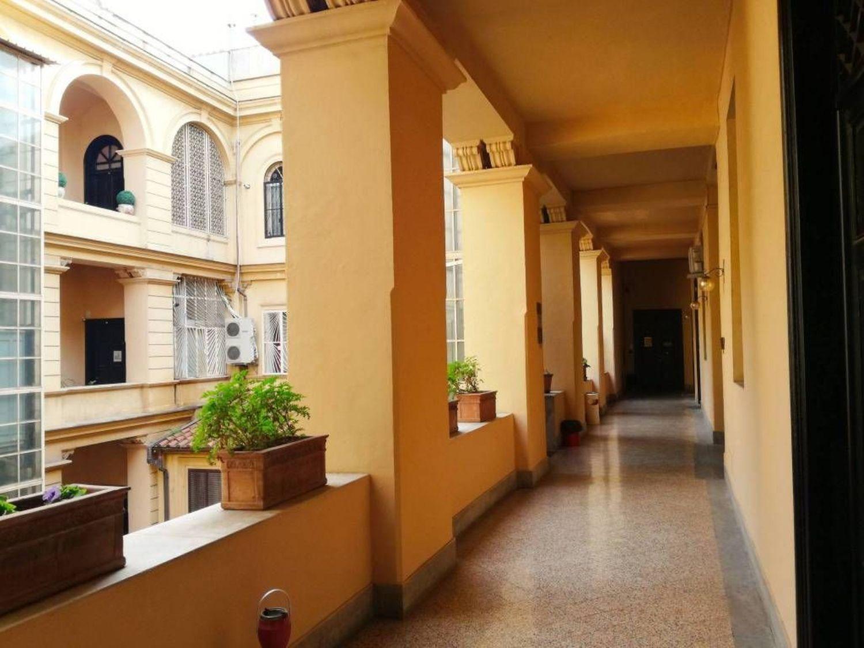 Ufficio In Latino : Affitto di ufficio in area residenziale roma san giovanni re di