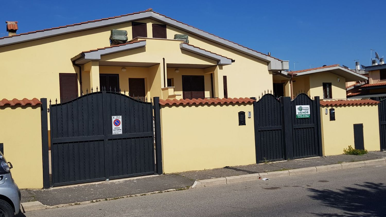 Villetta a schiera in vendita in via londra ladispoli