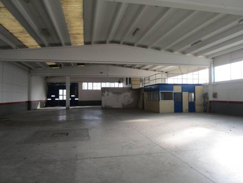 Capannone in vendita a Area Residenziale San Giorgio di ...
