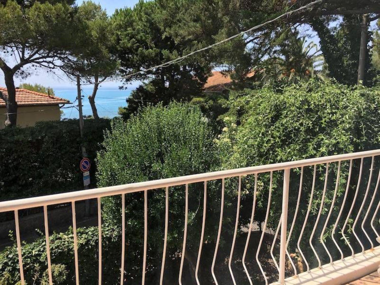 Bagno Conchiglia Castiglioncello : Villa in vendita in via della conchiglia castiglioncello rosignano