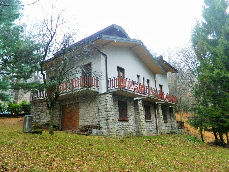 Camere Da Letto Poletti.Villa In Vendita In Viale Poletti 31 Lanzo D Intelvi Alta Valle