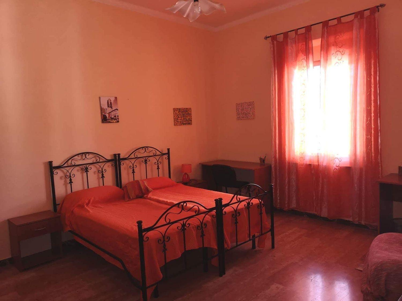 Camere Da Letto Reggio Calabria.Camera In Affitto In Via Demetrio Tripepi 13 Centro Reggio Calabria