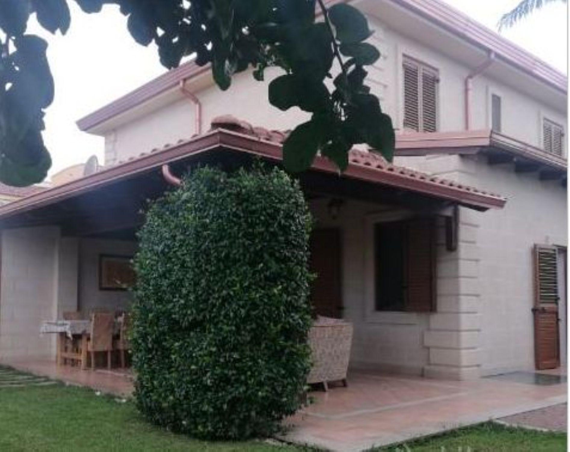 Casa indipendente in vendita in via pola ginosa