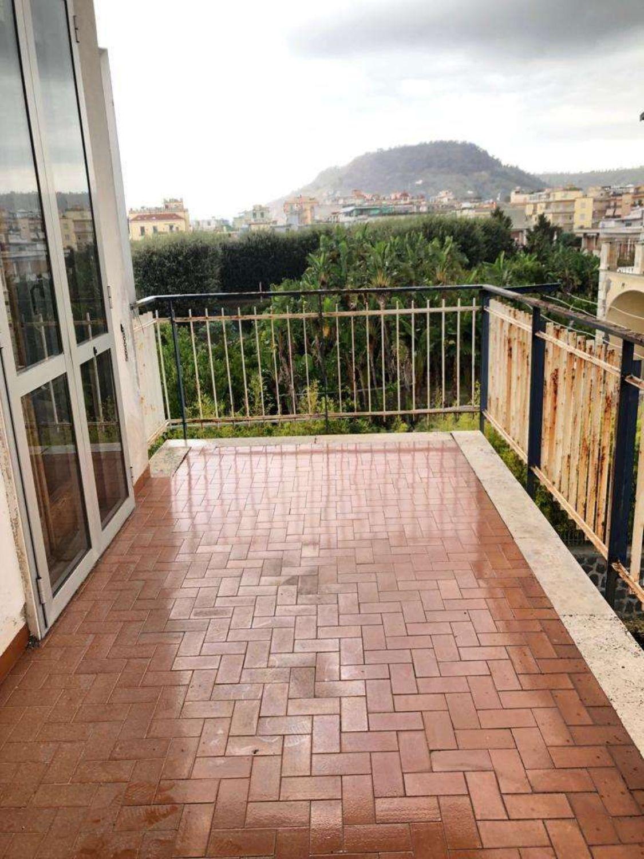 Appartamento In Vendita A Pozzuoli Campi Flegrei Napoli