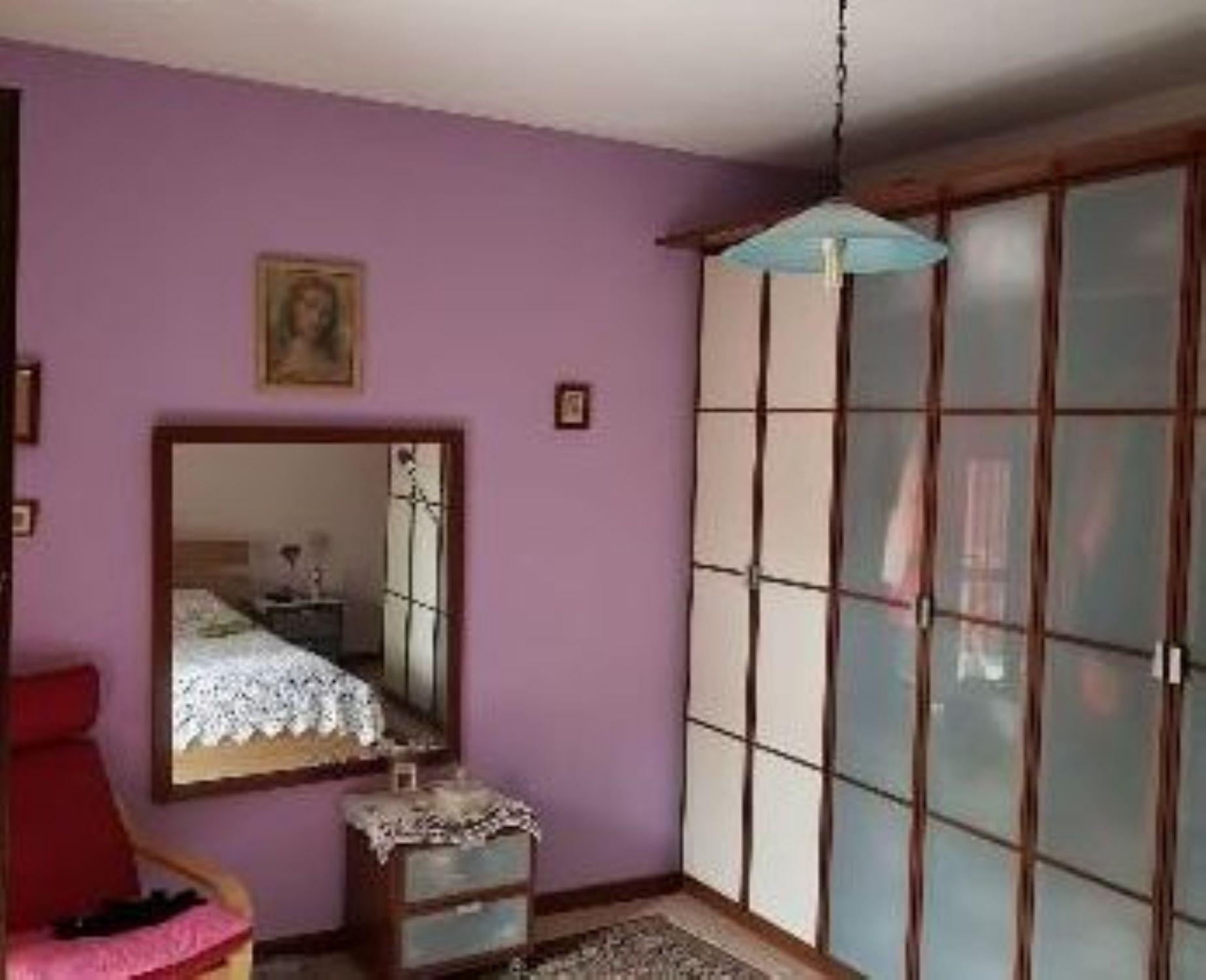 Camera Matrimoniale A Carpi.Trilocale In Vendita In Via Franklin Delano Roosevelt 66 Cibeno