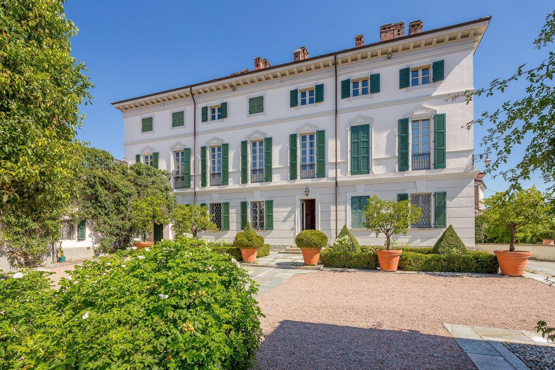 Foto Di Ville Lussuose case e appartamenti di lusso in vendita in italia — idealista