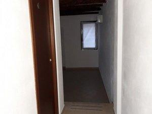 Negozi in affitto 5c4349e7fa2