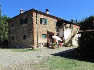 Case Toscane Arezzo : Case a lucignano arezzo u idealista