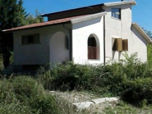 Santa Maria Del Bagno Pesche.Case A Santa Maria Del Molise Isernia Idealista