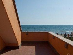 Case con terrazzo vista mare lazio — idealista