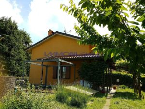 Property for sale in Colle Brianza, Lecco, Italy: houses and flats ...