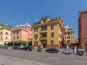 Case fino a 220.000 euro in Prati, Roma — idealista