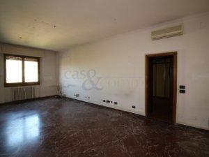 Affitto Piccolo Ufficio Milano : Uffici in affitto in portello tre torri milano u idealista