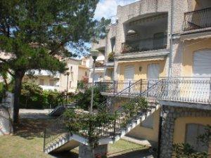 Case Piccole Con Giardino : Case con giardino fronte mare calabria u idealista