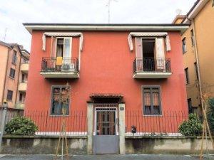 Piscina Poli Novate Milanese.Case A Novate Milanese Milano Idealista