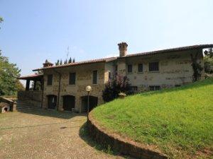 Case con piscina in Brivio-Montevecchia, Lecco — idealista