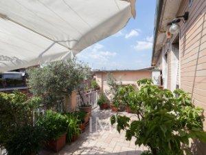 Case con terrazza in Porta Vittoria, Milano — idealista