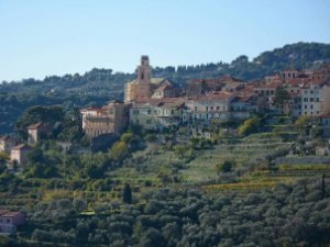 Case A Diano San Pietro Imperia Idealista